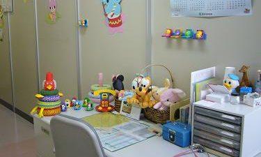おおにしこどもクリニック診察室